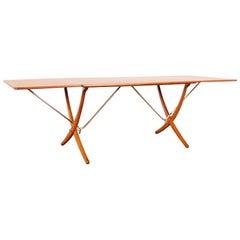 Danish AT-304 Dining Table by Hans J. Wegner for Andrea Tuck