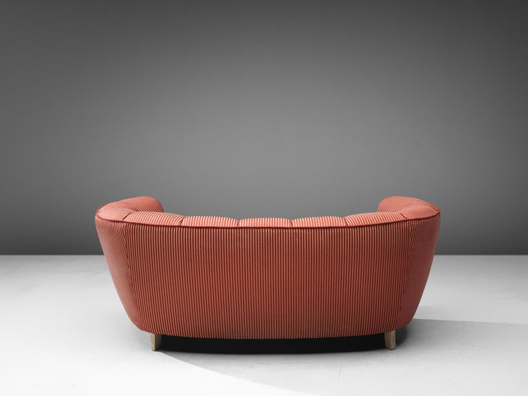 Danish Banana Sofa in Striped Upholstery In Good Condition For Sale In Waalwijk, NL