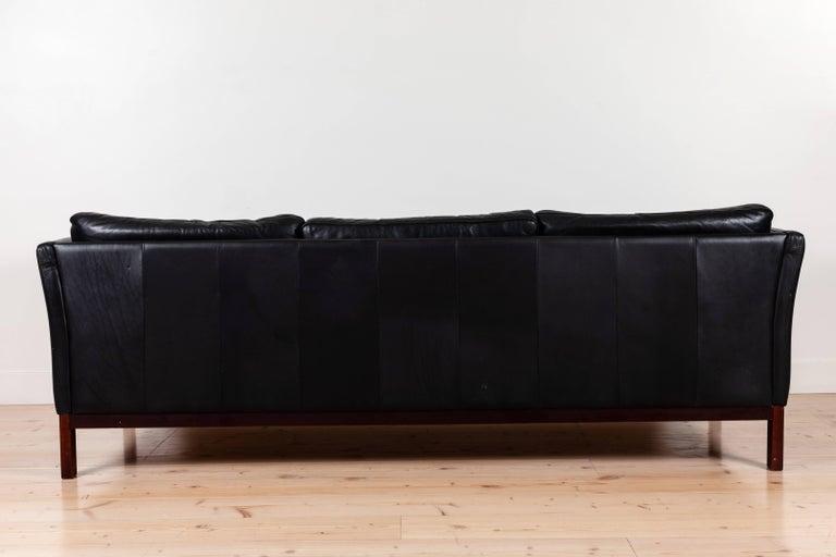 Danish Black Leather Sofa by Mogens Hansen For Sale 4