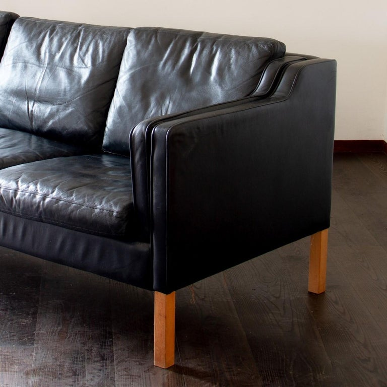 Danish Black Leather Three-Seat Sofa, 1950s In Good Condition For Sale In Donhead St Mary, Wiltshire