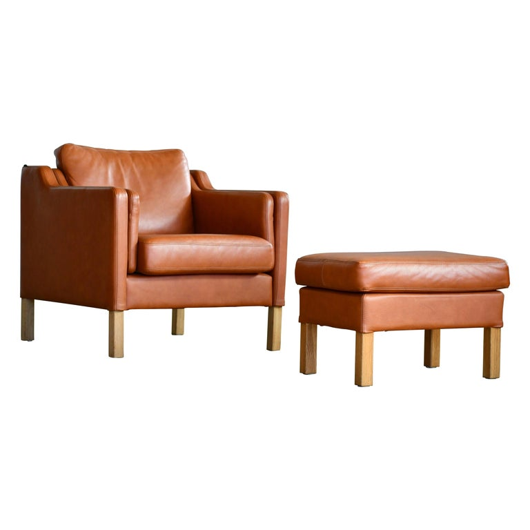 Model 2421 Cognac Leather Easy Chair