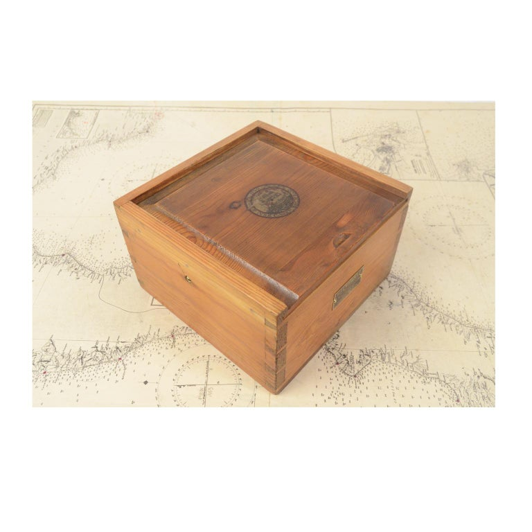 Danish Brass Compass in its Original Wooden Box, 1920s-1930s For Sale 6