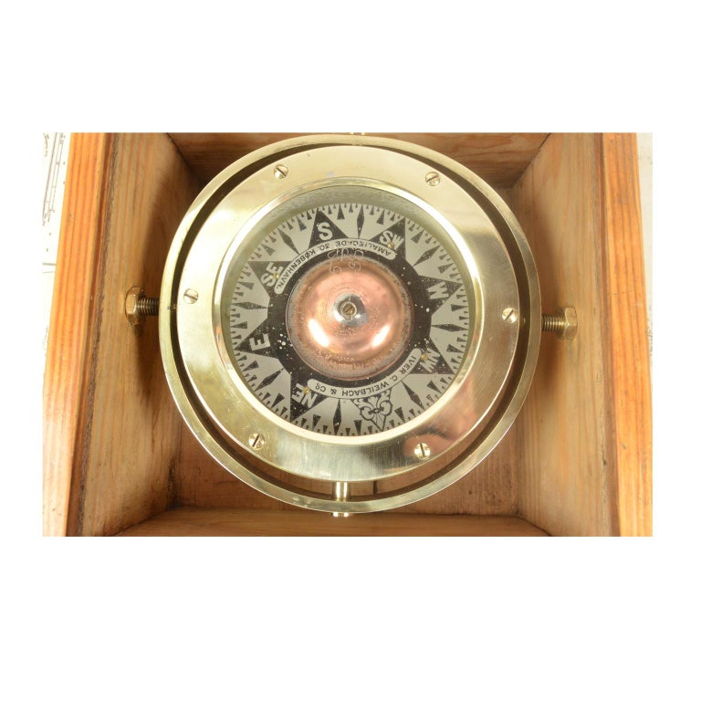 Danish Brass Compass in its Original Wooden Box, 1920s-1930s For Sale 2