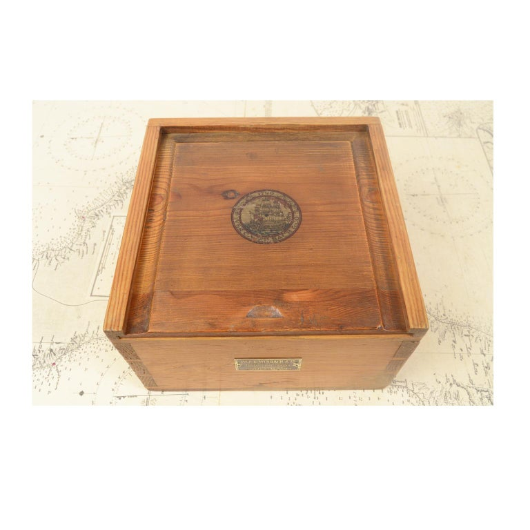 Danish Brass Compass in its Original Wooden Box, 1920s-1930s For Sale 5