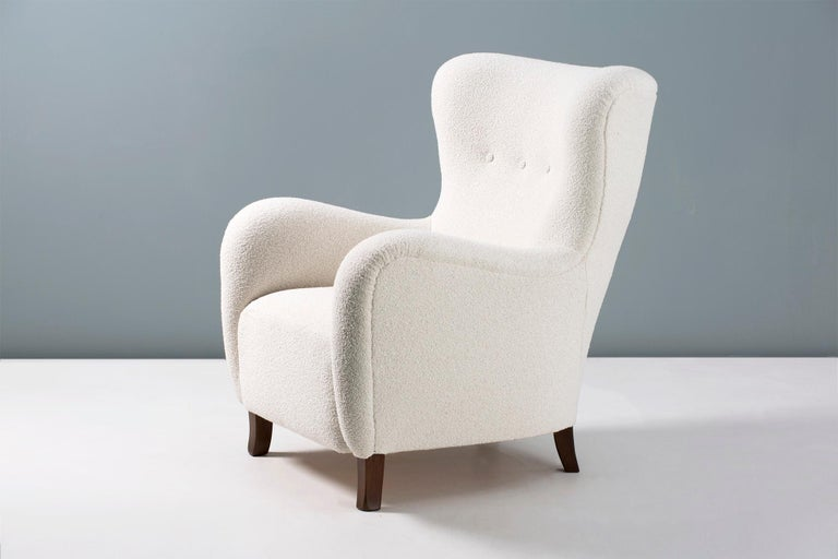 Danish Cabinetmaker 1940s Boucle Wing Chair For Sale 2