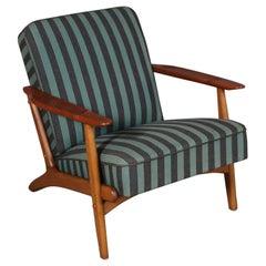 Danish Cabinetmaker Lounge Chair in Teak and Oak, 1960s
