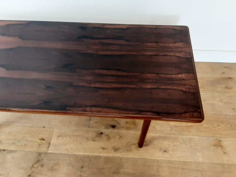 Danish Mid Century Rosewood Sofa Table In Good Condition For Sale In London, GB