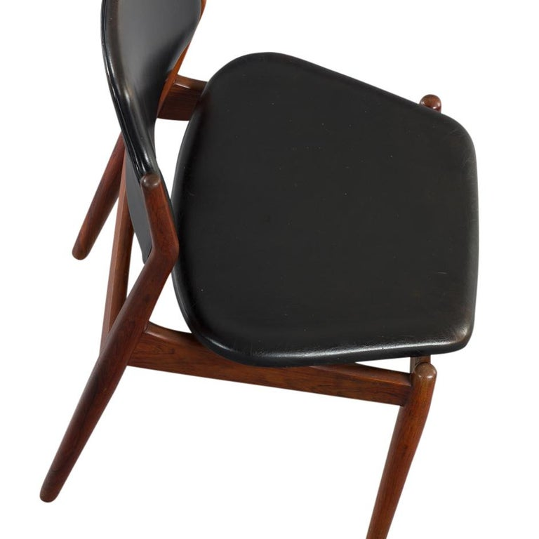 Mid-Century Modern Danish Chair Model 62 by Arne Vodder for Sibast Furniture, Rosewood and Leather For Sale