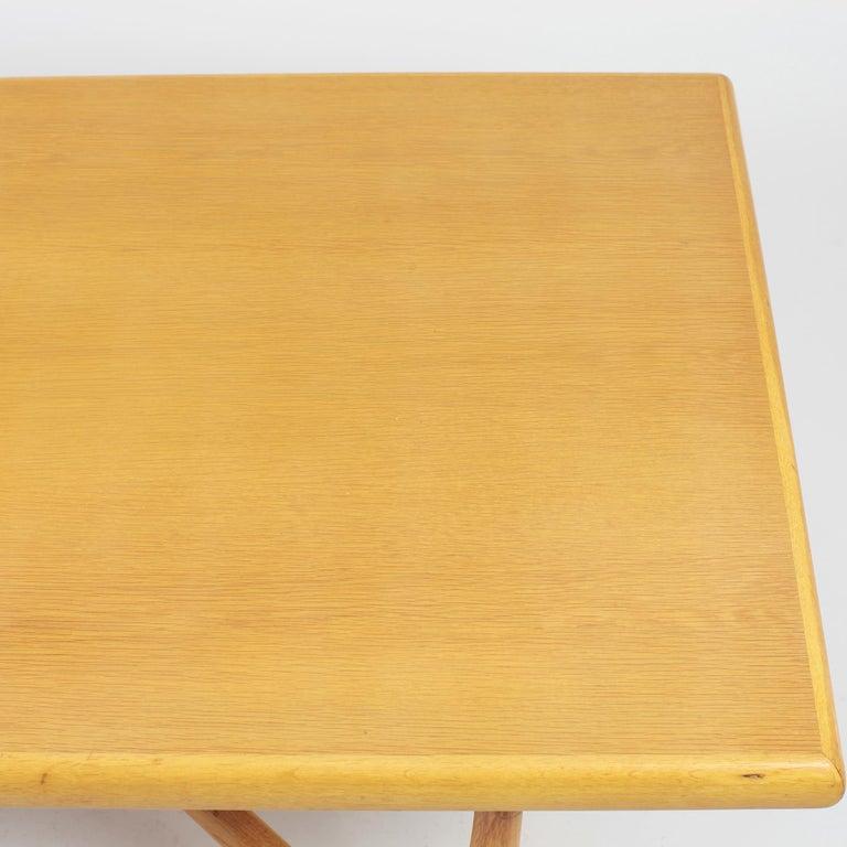 Danish Coffee Table in Oak, 1960s For Sale 5