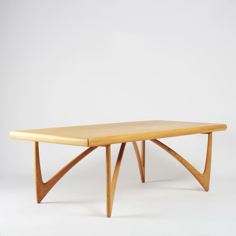 Mid-20th Century Danish Coffee Table in Oak, 1960s For Sale