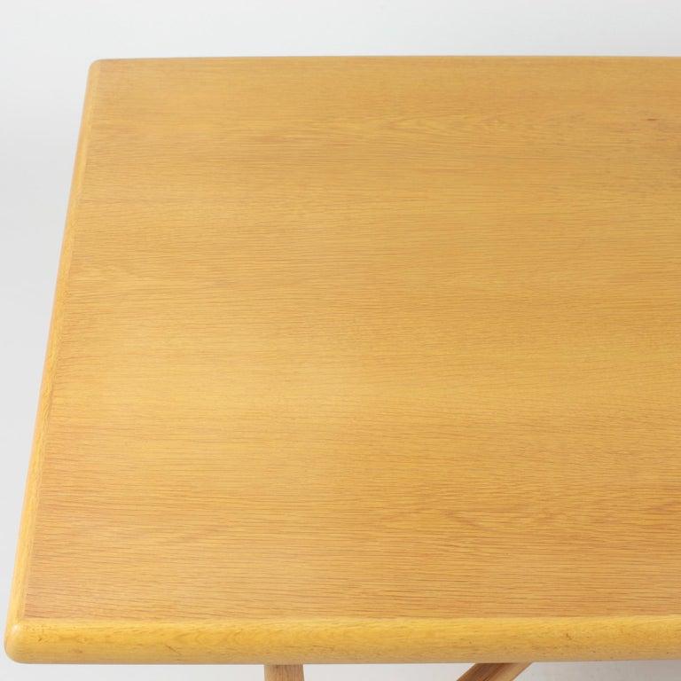 Danish Coffee Table in Oak, 1960s For Sale 3
