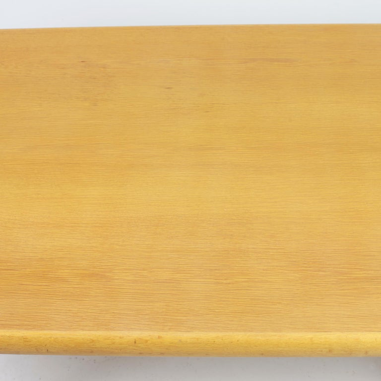 Danish Coffee Table in Oak, 1960s For Sale 4