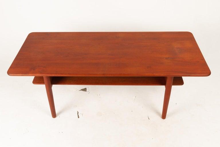 Danish Coffee Table in Solid Teak by Ib Kofod-Larsen, 1950s For Sale 5