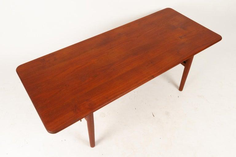 Danish Coffee Table in Solid Teak by Ib Kofod-Larsen, 1950s For Sale 7