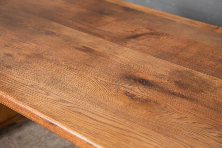 Early 20th Century Danish Country Style Dining Table in Oak, ca. Early 1900s