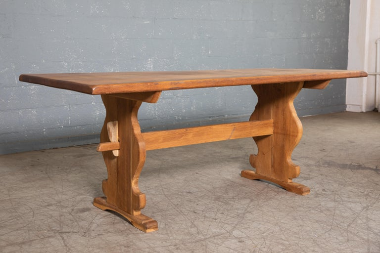 Danish Country Style Dining Table in Oak, ca. Early 1900s 5