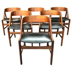 Danish Curved Back Midcentury Dining Chairs in Teak and Black , Set of 6