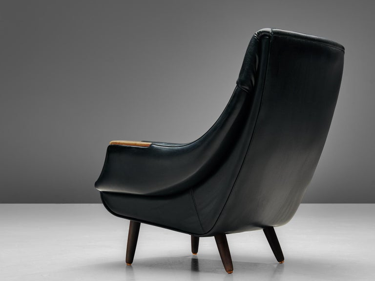 Danish Customizable Lounge Chair by H.W. Klein In Good Condition For Sale In Waalwijk, NL