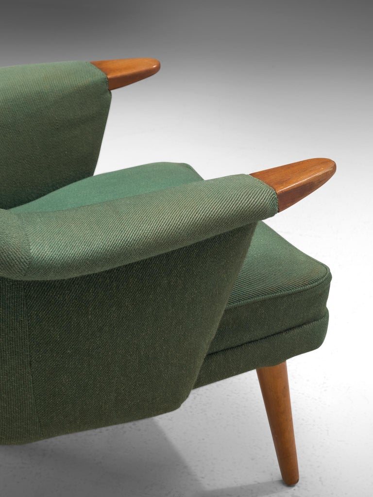 Danish Customizable Lounge Chair with Rounded Backrest For Sale 1