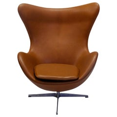 Danish Design Classic Fritz Hansen Egg Chair by Arne Jacobsen, in Cognac Leather