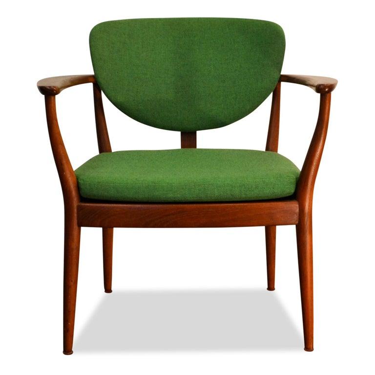 Danish Design Finn Juhl Style Teak Lounge Chair For Sale 3