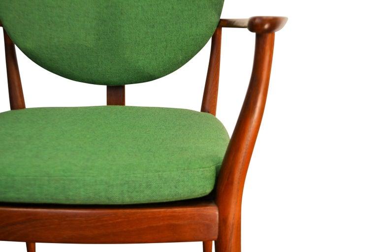 Danish Design Finn Juhl Style Teak Lounge Chair For Sale 4