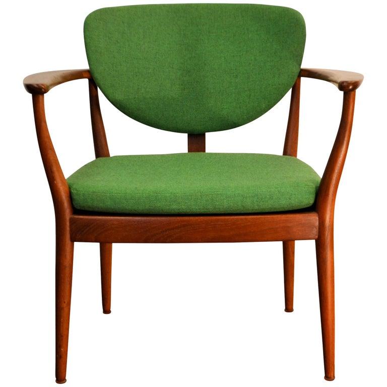 Danish Design Finn Juhl Style Teak Lounge Chair For Sale