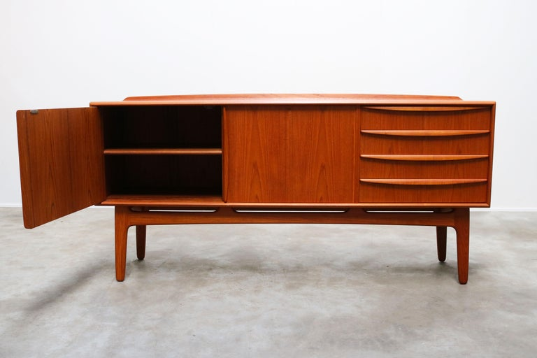 Mid-20th Century Danish Design Sideboard / Credenza by Svend Aage Madsen for K. Knudsen & Son For Sale