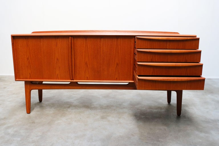 Danish Design Sideboard / Credenza by Svend Aage Madsen for K. Knudsen & Son For Sale 1