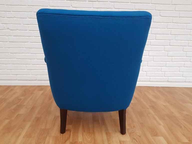 Danish Designed Armchair, 1970s, Wool, Beech, Completely Restored For Sale 5