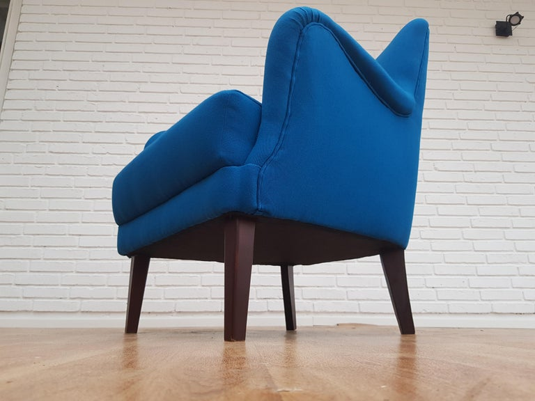 Danish Designed Armchair, 1970s, Wool, Beech, Completely Restored For Sale 9