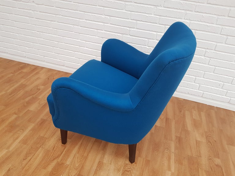 Danish Designed Armchair, 1970s, Wool, Beech, Completely Restored In Good Condition For Sale In Tarm, DK