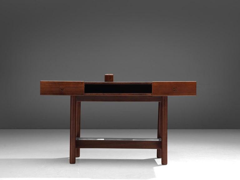 Danish Desk in Rosewood In Good Condition In Waalwijk, NL