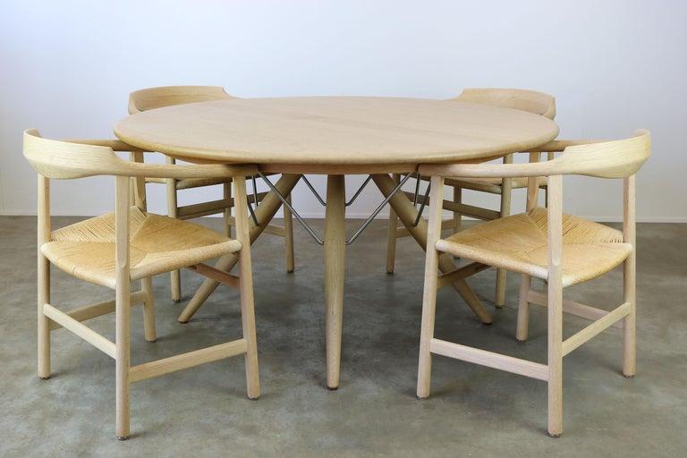 Danish Dining Set by Hans J Wegner for PP Mobler Model PP75 and PP205 Oak 1980s In Good Condition For Sale In Ijzendijke, NL