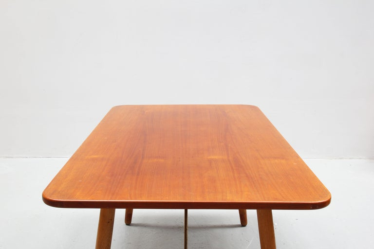 Danish Dining Table by Børge Mogensen for Søborg Mobler, Teak and Oak For Sale 3