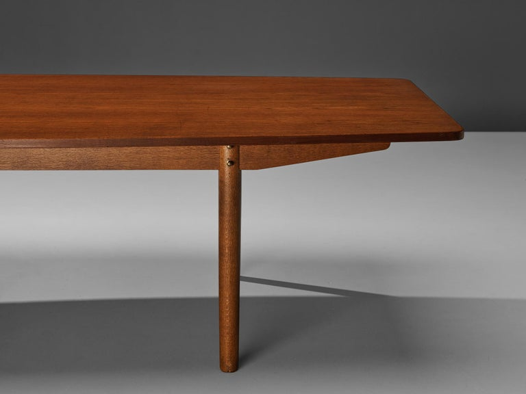 Danish Dining Table in Teak with Boat-Shaped Top For Sale 1