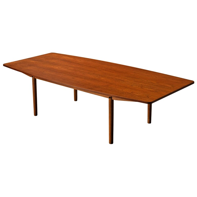 Danish Dining Table in Teak with Boat-Shaped Top For Sale