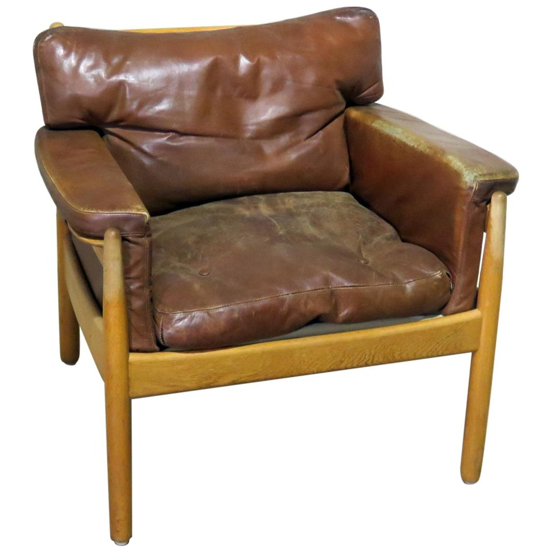 Strange Danish Distressed Leather Club Chair Camellatalisay Diy Chair Ideas Camellatalisaycom