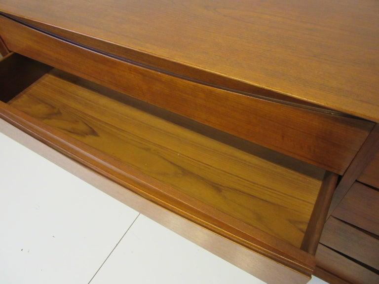 Danish Dresser by Arne Vodder for Sibast For Sale 1