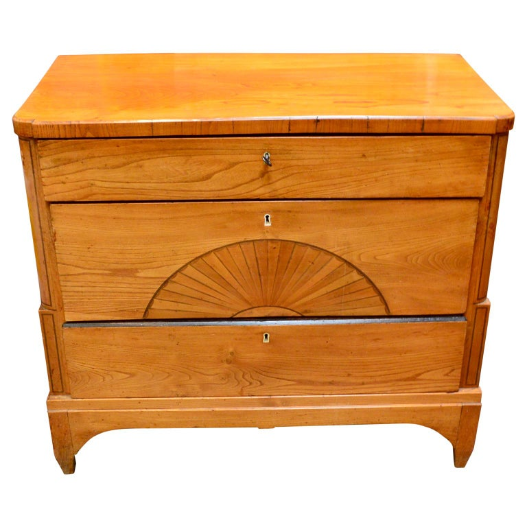 Mid-19th Century Danish Early 19th Century Biedermeier Pine Dresser