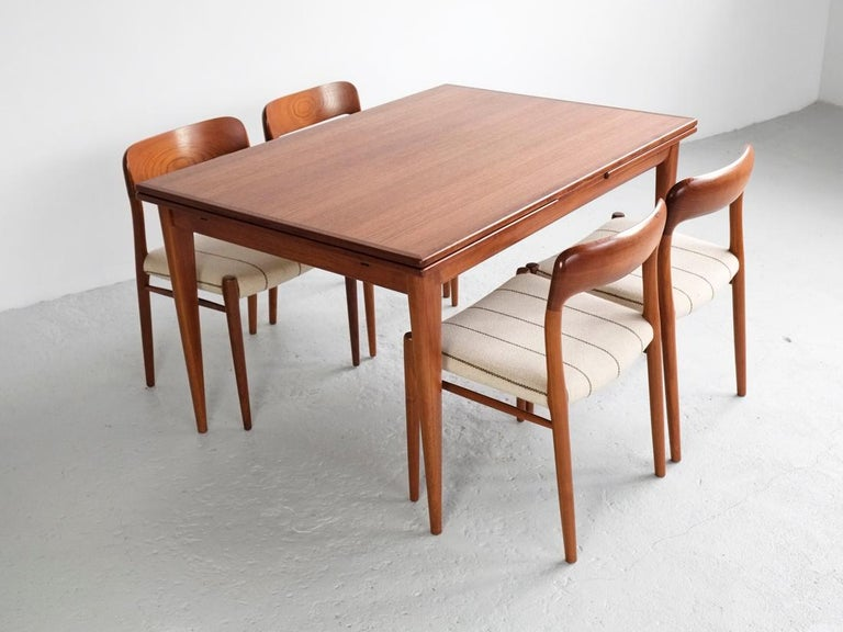 Danish Extendable Table in Teak with 2 Extensions by Møller, 1960s For Sale 5
