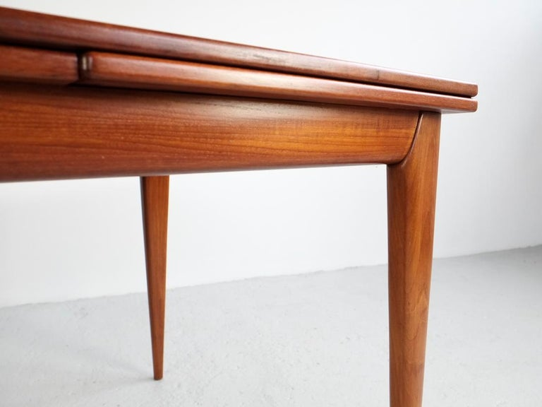 Danish Extendable Table in Teak with 2 Extensions by Møller, 1960s For Sale 1