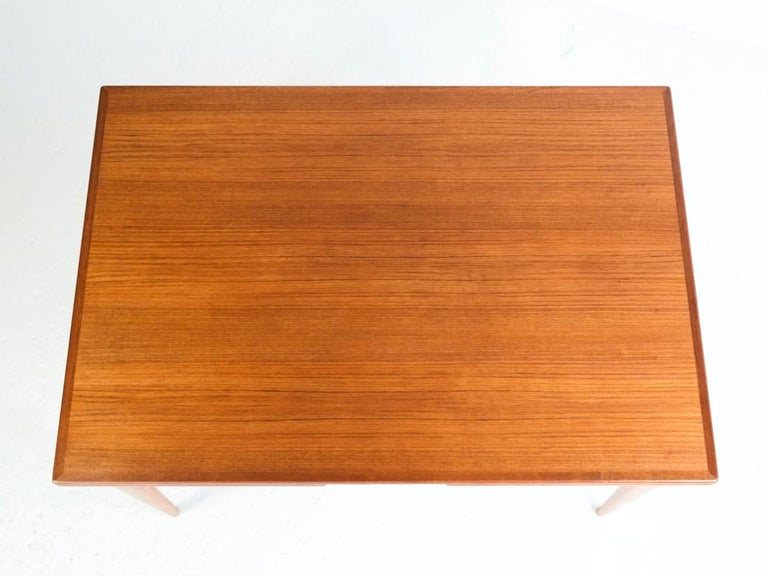 Danish Extendable Table in Teak with 2 Extensions by Møller, 1960s For Sale 2