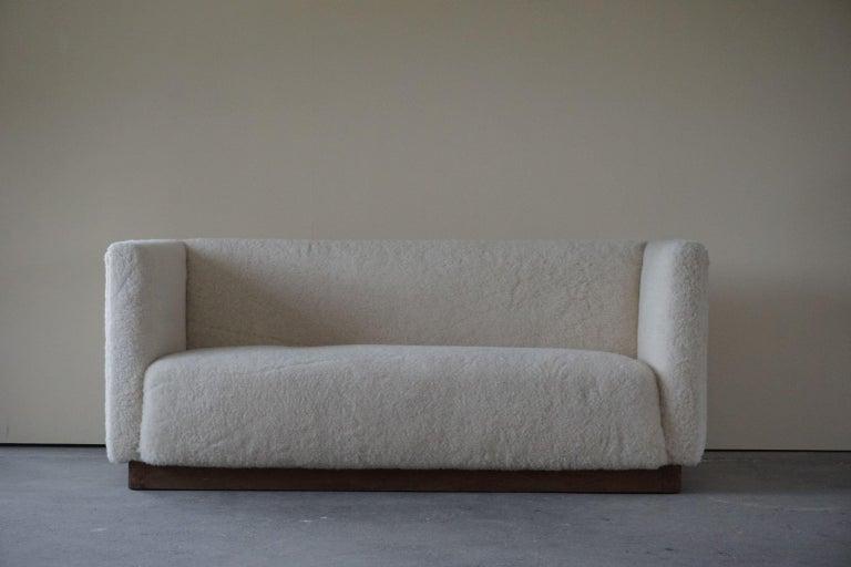 Danish Freestanding Art Deco 3-Seater Sofa Reupholstered in Sheep Skin, 1930s For Sale 5
