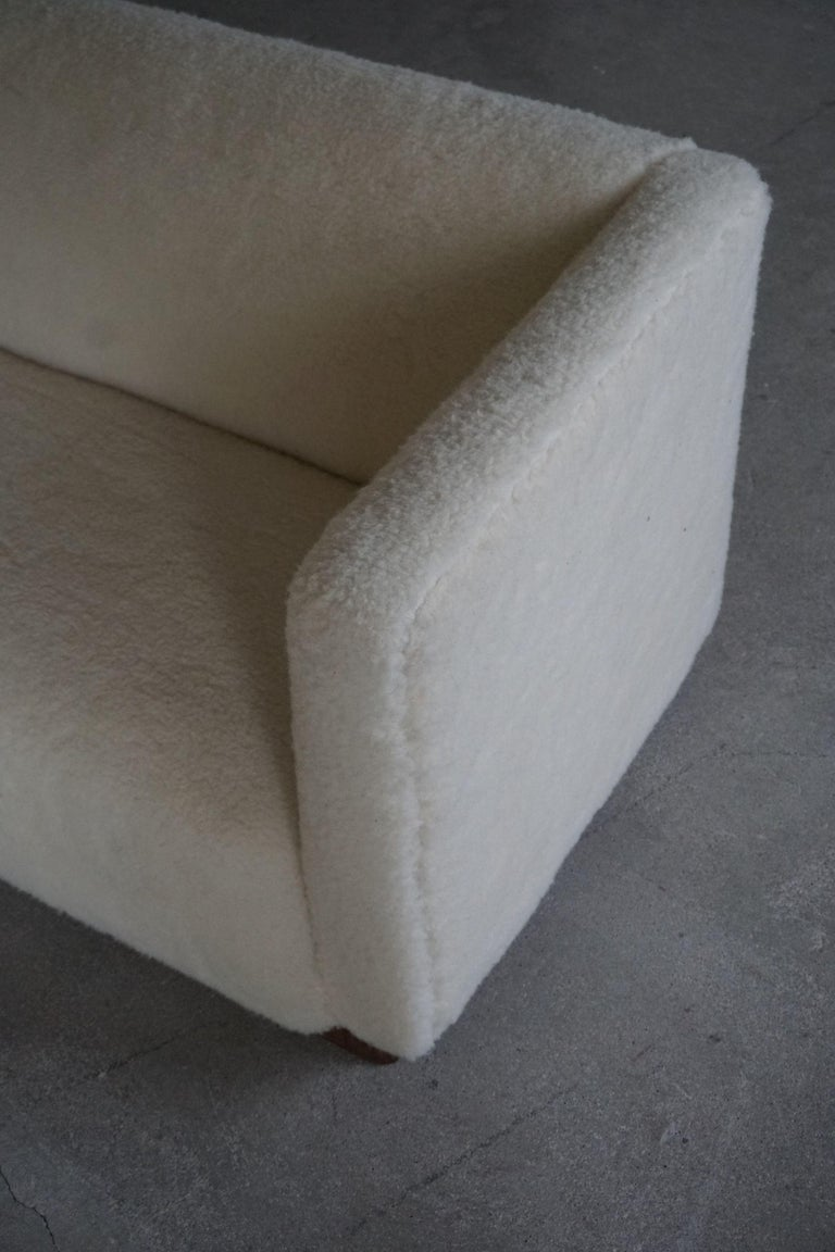 Danish Freestanding Art Deco 3-Seater Sofa Reupholstered in Sheep Skin, 1930s For Sale 8