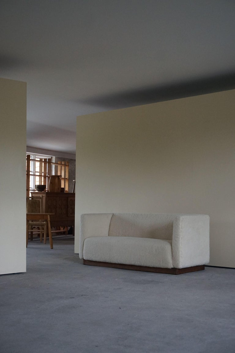 Danish Freestanding Art Deco 3-Seater Sofa Reupholstered in Sheep Skin, 1930s For Sale 1