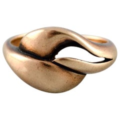 Danish Goldsmith, Modernist Gold Ring, 1940s-1950s