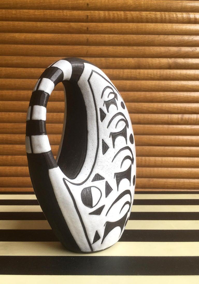Danish Graphic Black/White Ceramic Vase by Marianne Starck, 1950s In Good Condition For Sale In Copenhagen, DK