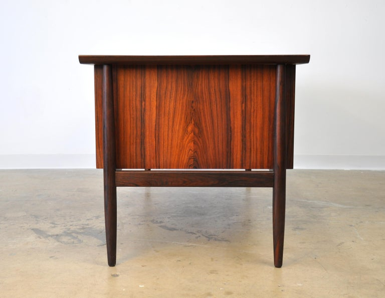 Danish H. P. Hansen Rosewood Desk In Good Condition For Sale In Miami, FL