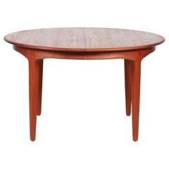 Danish Henning Kjærnulf large Round Dining Table Model 62 by Sorø Stolefabrik